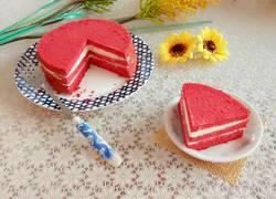 红丝绒奶油夹心蛋糕