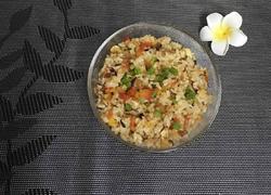 彩椒咸肉香菇炒饭