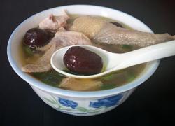 老母鸡红枣汤