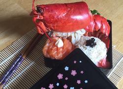 蒜蓉蒸波士顿龙虾配日式饭团