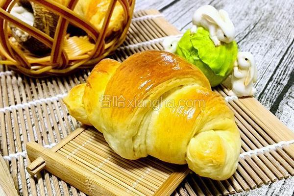牛角咸面包
