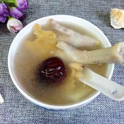 扁豆淮山鸡爪汤