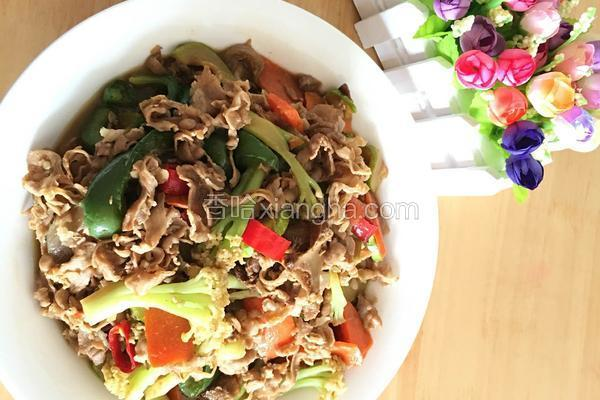 肥牛片炒杂蔬