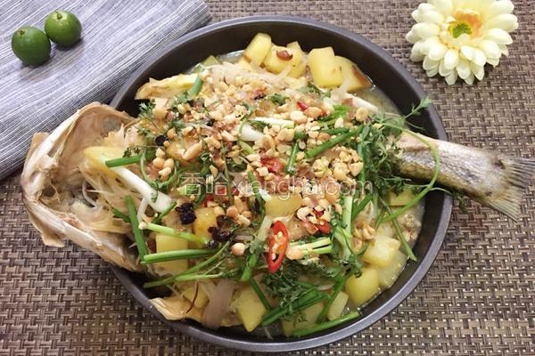绿豆芽烤鱼