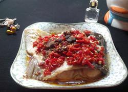 豉香剁椒蒸鱼