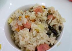 火腿混合蔬焖饭