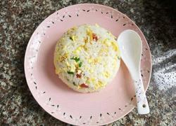 广式香肠蛋炒饭