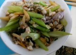 蛤蜊肉炒芹菜