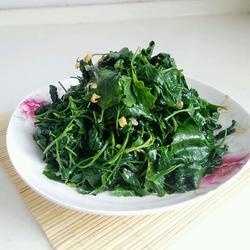 炒灰灰菜(天然野菜)
