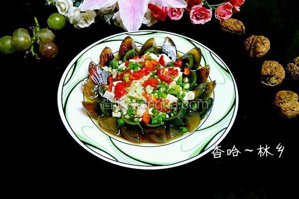 盐皮蛋_蒜香凉拌皮蛋豆腐的做法_菜谱_香哈网