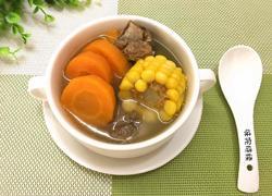 伞骨胡萝卜玉米汤(沙煲法)