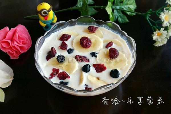 水果牛奶麦片粥