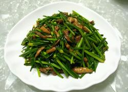韭菜花肉丝