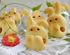 小兔子香肠面包