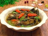 酸菜炖鲫鱼的做法[图]