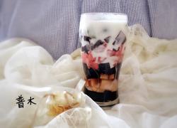 龟苓膏水果杯