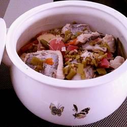 酸菜粉丝桂鱼块
