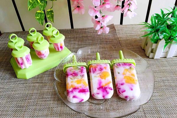 水果酸奶冰棍