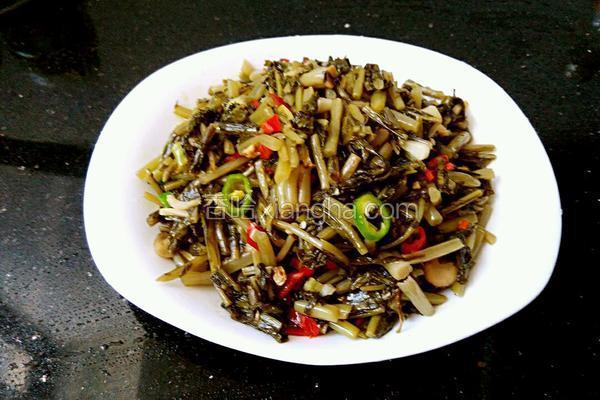 酸菜炒辣椒