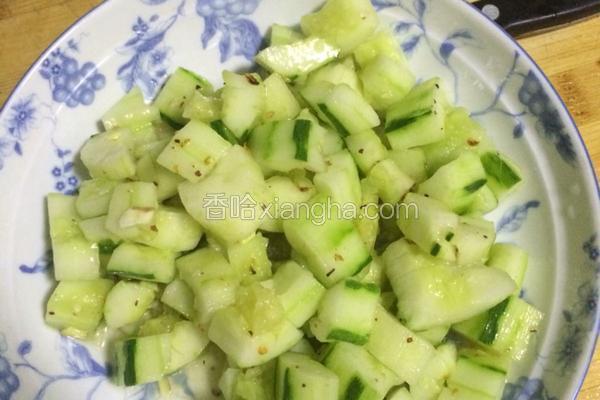 清拌拍黄瓜