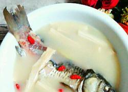 腐竹鲫鱼汤