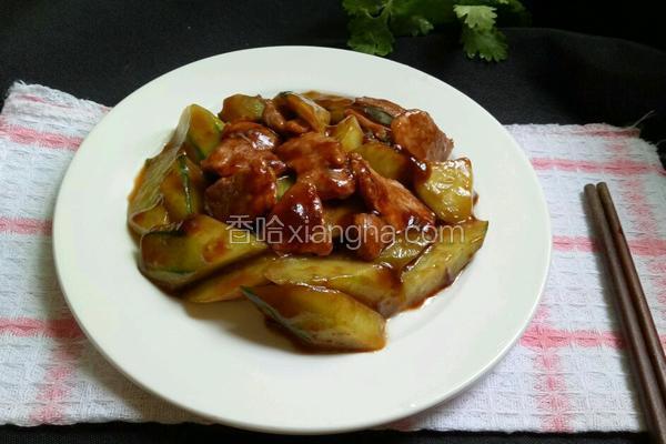 蚝油青瓜肉片