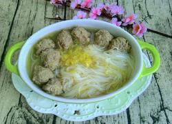 白菜粉丝牛肉丸子汤