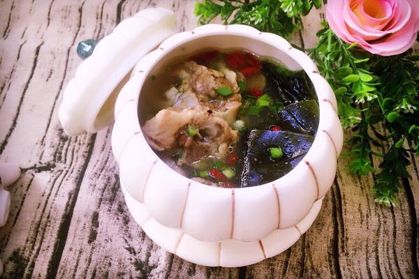海带枸杞排骨汤
