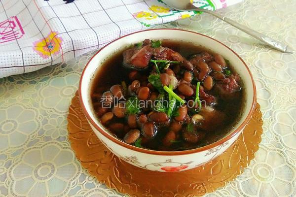 黑豆排骨汤
