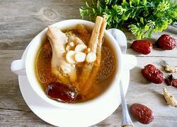 西洋参煲鸡汤