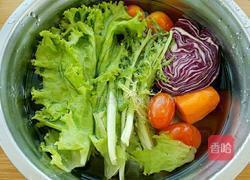 减肥沙拉餐一日三餐食谱_减肥蔬菜沙拉的做法_减肥沙拉的做法食谱