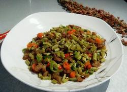 长豆角炒肉丁咸菜
