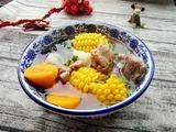 玉米胡萝卜山药猪骨汤的做法[图]