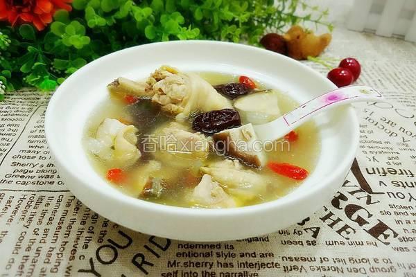 红枣枸杞香菇鸡汤