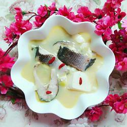乌鱼炖豆腐
