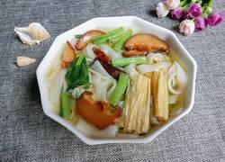 腐竹香菇汤河粉