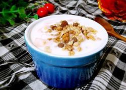 酸奶水果麦片粥