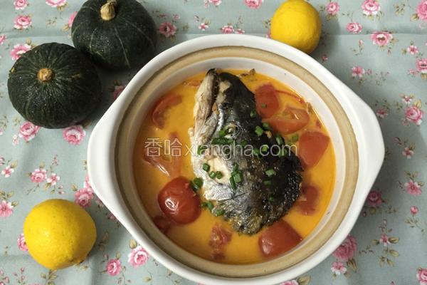 番茄三文鱼头汤