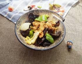 白菜木耳炒肉[图]
