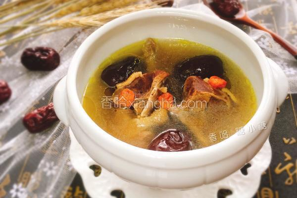红枣枸杞鸽子汤
