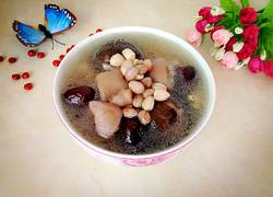 红枣花生猪蹄汤