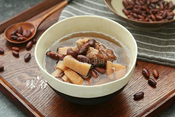 红腰豆莲藕猪骨汤的做法