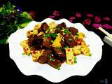 猪血炒豆腐的做法[图]