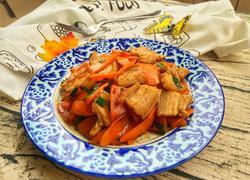 胡萝卜炒五花肉