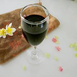 自酿红葡萄酒