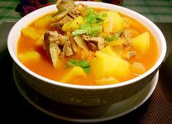 韩式土豆排骨汤