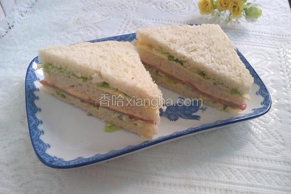 火腿芝士三明治