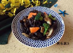 香菇木耳炒肉