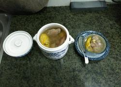 瑶柱粟米炖猪手