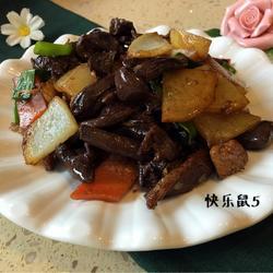 红蘑炒土豆片